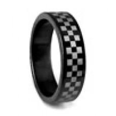 Кольцо медсталь черное с геометрическим рисунком