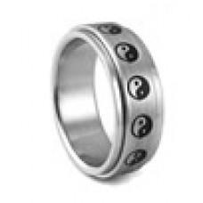 Кольцо медсталь двухслойное со скользящей поверхностью - Инь и Янь